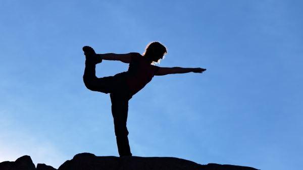 The King Dancer поза укрепва краката, подобрява баланса и здравината на сърцето