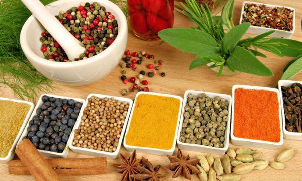 Различни билки в Аюрведа | HealthLife